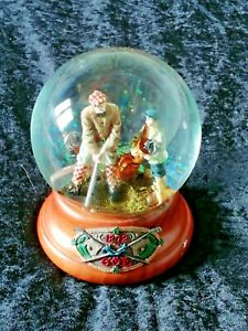 Golf 1872 Sankyo Musical Snow Globe. Plays ' To Dream The Impossible Dream'.