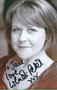 Wendy Peters  ( from Coronation Street )Signed Picture