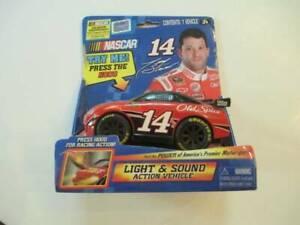 NIB Jada Toys NASCAR Tony Stewart Light & Sound Action Vehicle #18 Car #92472