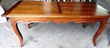 table de style louis 15 ,180 cm de long,en merisier,jolie,bon état