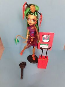 Monster High Jinafire Long Scaris City of Frights doll GREAT CONDITION