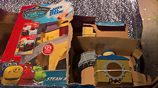 CHUGGINGTON Old puffer Pete's steam around old town train set Incomplete