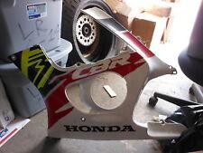 NOS 1995-1996 Honda CBR600F3 CBR600 F3 Left Cowling Cover Assembly ( NEW )