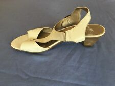 Women White Leather Summer Sandals Size 7/40