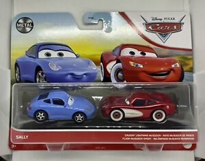 DISNEY PIXAR CARS 2021 NEW CARDS METAL SALLY AND CRUISIN LIGHTNING McQUEEN
