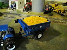 1/64 Ertl Blue J&M Grain Cart w/ full load of Corn