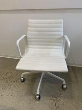 Eames Herman Miller Executive Management Aluminum Group Desk Chair White Beige