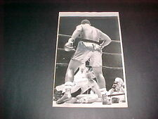 JOE FRAZIER VS RAMOS TKO 1968 ORIG. PRESS PHOTO