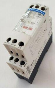 Telemecanique / Schneider RE7RL13BU Zelio off delay timer 24V, 42-48V, 110-240V