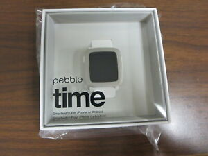 New Pebble Time Smartwatch Water resistant - Color WHITE 501-00021