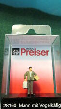 Preiser (Ho 1:87) Man w/Bird Cage/Package #28160