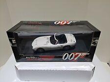 AUTOART 1:18 JAMES BOND 007 TOYOTA 2000 GT You Only Live Twice NIB