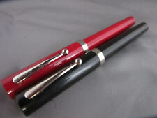2 Sheaffer, USA Red & Black Fountain Calligraphy Pens Italic F Nib