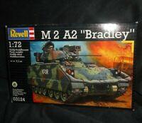 NEW REVELL 1:72 M 2 A2 M2A2 BRADLEY PLASTIC MODEL KIT # 03124 TANK VEHICLE TOY