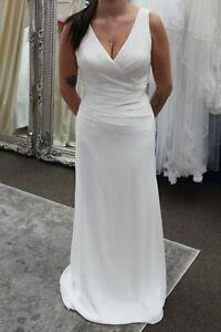 Lightweight Venus Wedding Dress Style VN6748-3