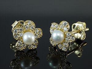333 Gold kleine Blumen Ohrstecker mit Zuchtperlen 1 Paar  7,5 mm Größe