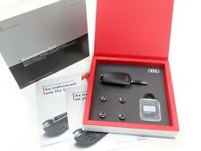 Originale Audi Geschenkbox Chiavetta USB 8GB + Sd Karte16 Gb + Coperture Valvole