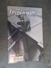 Amazing Spider-man 15 Spider-Gwen 1 Comicxposure Connect Black / White Variat