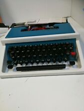Underwood 315 Vintage Compact Portable Typewriter
