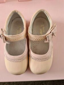 Pretty originals shoes Size 26