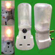 Automatic 7W Dusk Dawn Sensor Plug In Night Light inc Plug through 13A UK socket