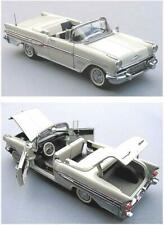 Franklin Mint 1957 Pontiac Bonneville White 1:24 Original Package FREE SHIPPING