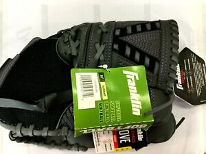 """11"""" Fast Pitch Softball Glove Right Hand Thrower with Adjustable Wrist Closure"""