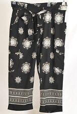 New Isani Size Large Dressy crop/capri lightweight pants:Black,White,&Gray  NICE