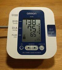 Omron M400 Automatisches Oberarm Blutdruckmessgerät