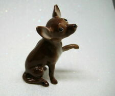 Hagen Renaker miniature made in America Chihuahua dog facing right