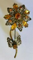Vintage Daisy & Rhinestone Brooch with Gold Filigree Frame, 1950s Pin, Vintage
