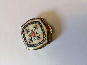 Vintage Stratton pill box