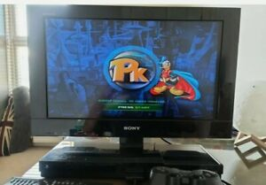 Sony TV Bravia 22PX300 TV with PlayStation 2 console built-in for gaming.