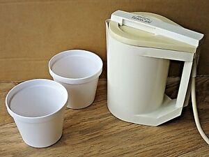 PIFCO Worldwide TRAVEL JUG Mini Kettle + 2 cups