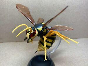 Bandai  hornet Mini Figure 1 Gashapon Capsule Toys  Japanese yellow hornet