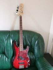 Fender squier standard precision bass