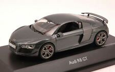 Audi R8 Gt 2011 Daytona Grey 1:43 Model 7228 SCHUCO