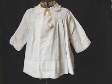 Charmant petit manteau de baptème blanc ancien pour bébé / Enfant