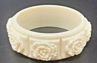 VTG 1970s SARAH COVENTRY Cream Plastic Floral Bangle Bracelet Coffee & Cream