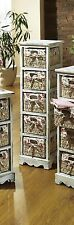 Markenlose Möbel aus Holz fürs Badezimmer
