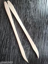 pince en bois de hetre, pince à cornichon , pince alimentaire , 25 cm