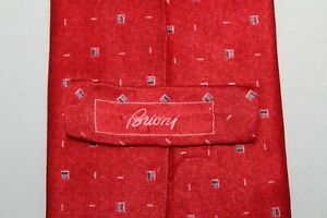 BRIONI Handmade in Italy Red w/ Dash Design Silk Tie Recent