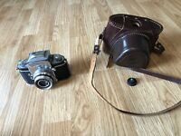 Vintage Jhagee EXA Film Camera With Case & 1:2.8/50 522362 Isconar Lens