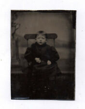PHOTO ANCIENNE CDV Tintype Ferrotype Vers 1870 Enfant Assis Chaise Mains Studio