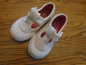 Vans Off The Wall size  8 toddler white glitter look t-strap shoes Ex.