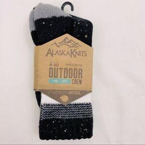 Alaska Knits Women's Outdoor Crew Socks - 4-10 -Carbon black and cream