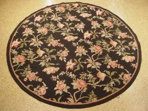 Garden Roses Rug 6 x 6 Needlepoint Round Rug Wool Black Flat-Woven Rug