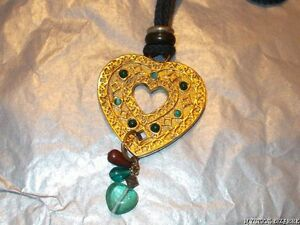 LARGE HEART PENDANT NECKLACE GLASS BEAD ACCENTS