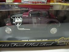 1:18 MOTORMAX TIMELESS CLASSICS 1932 FORD HOT ROD COUPE DIECAST BURGANDY