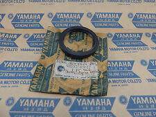 YAMAHA RD350 RD400 RZ350 FJ1200 TX750 OIL SEAL FRONT WHEEL NOS NEW 93105-45017